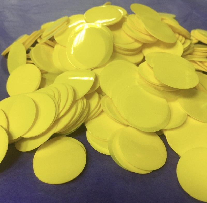 Аксесуари для свята конфеті Кружечки жовті 23 мм х 23 мм