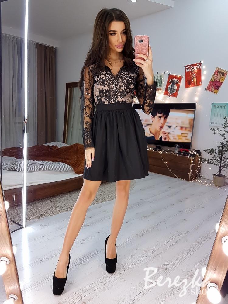Нарядное платье с пышной юбкой и кружевным верхом 66plt666Q
