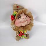 Кукла оберег Домовой с деньгами и ягодками зеленый декор, фото 6