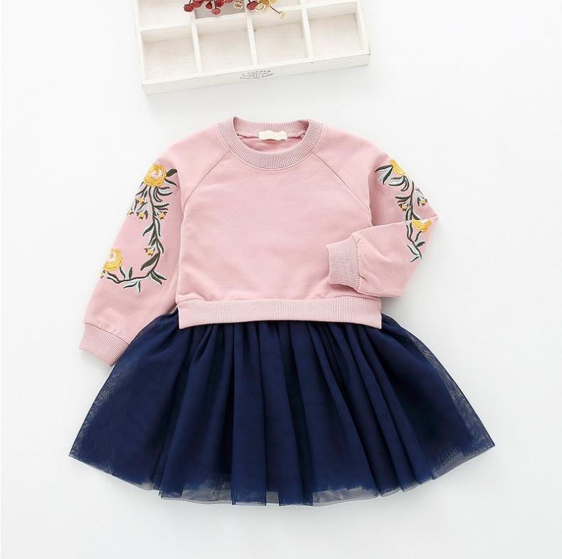 Повседневное платье на девочку длинный рукав 1-4 года