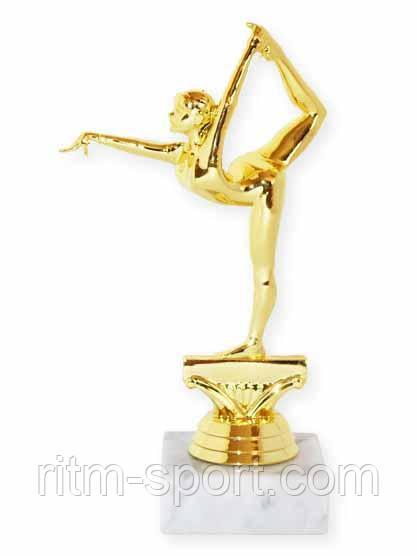 Гимнастка статуэтка на мраморе