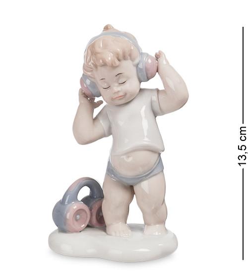 """Фигурка """"Мальчик"""" 9x6x13,5 см., фарфор Pavone, Италия"""