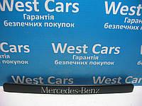 Накладка крышки багажника (панель подсветки номера) Mercedes Vito 2003-2013 Б/У