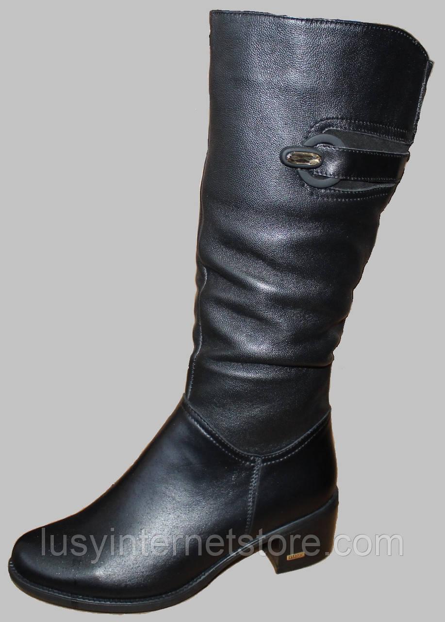 Сапоги женские зимние кожаные на низком каблуке от производителя модель МВ1101