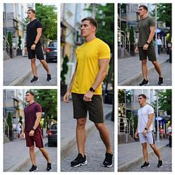 Літні комплекти для чоловіків (шорти й футболка)
