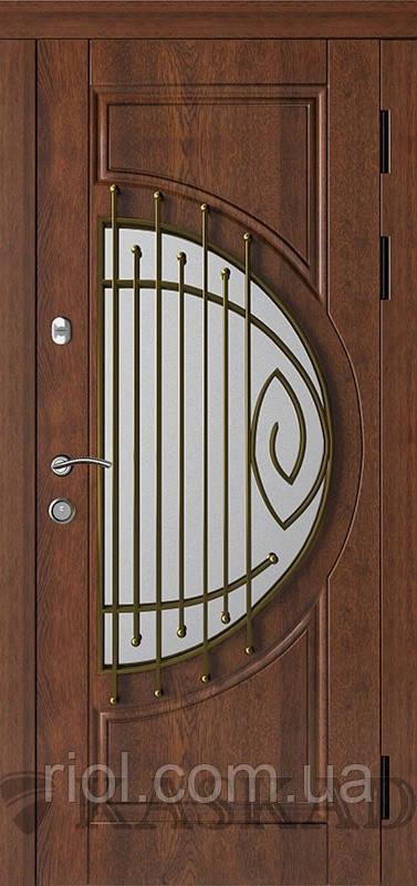 Дверь входная Адамант со стеклом и ковкой серии Прайм ТМ Каскад