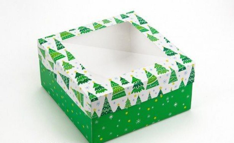 Подарочная коробка Ёлки 20х20х10 см