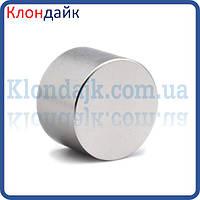 Неодимовый магнит диск 30х10 мм.