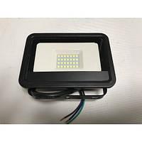 Светодиодный прожектор со встроенным датчиком движения PREMIUM SLS16-10 10W 6500K IP65 Код.59711