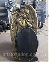 Элитный памятник с ангелом №233 из гранита
