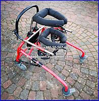 Б/У Динамический вертикализатор для детей с дцп Ormesa Grillo Posterior Gait Trainer Size 2, фото 1