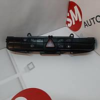 Кнопки центральной консоли Мерседес Вито 639. А6395454507