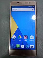Мобильный телефон Bravis A504 Золотой БУ