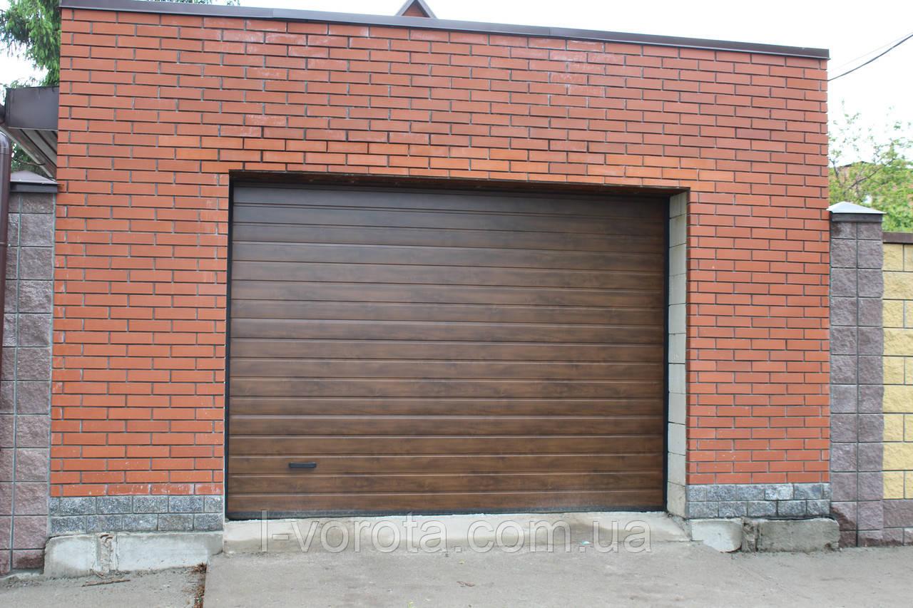 Alutech (Алютех) серия Prestige секционные гаражные ворота  ш3400, в2100