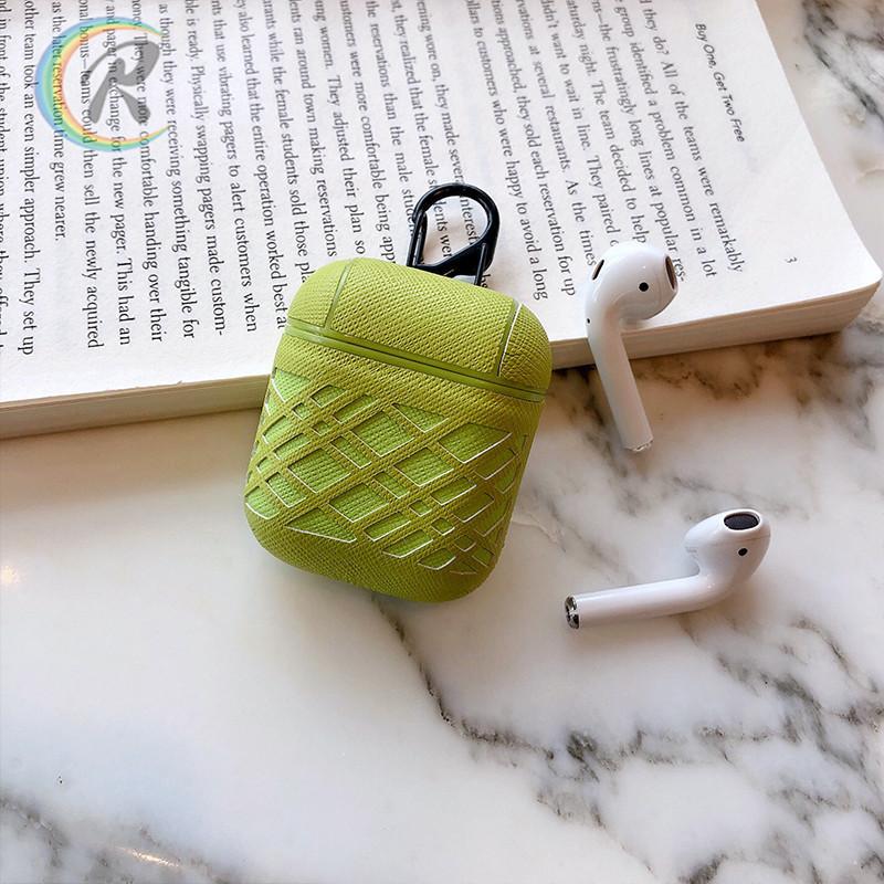 Противоударный чехол - Airpods Apple. Зеленый. Узор полосы