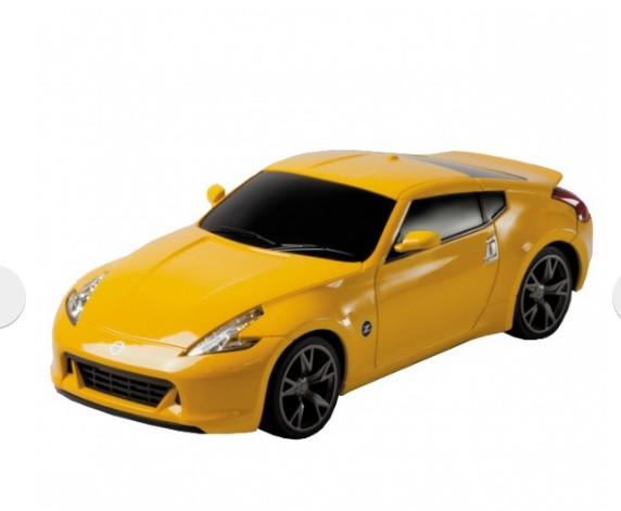 Автомобиль Nissan