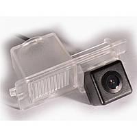 Камера заднего вида IL Trade T-011 SSANG YONG Kyron (2005+)/Rexton (2007+)/Actyon Sports (2006-2010)