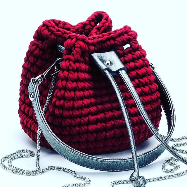 Торбочка крючком из Трикотажной пряжи Бобилон Фуксия сайт производителя bobilon.com.ua