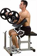 Упражнения на бицепс: парта Скотта для максимального эффекта