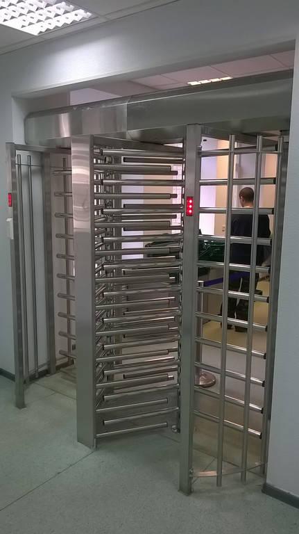 Установка турникета полноростового однопроходного SESAME, Аэропорт