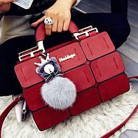 Женская сумка Mei&Ge с брелком красного цвета 01191