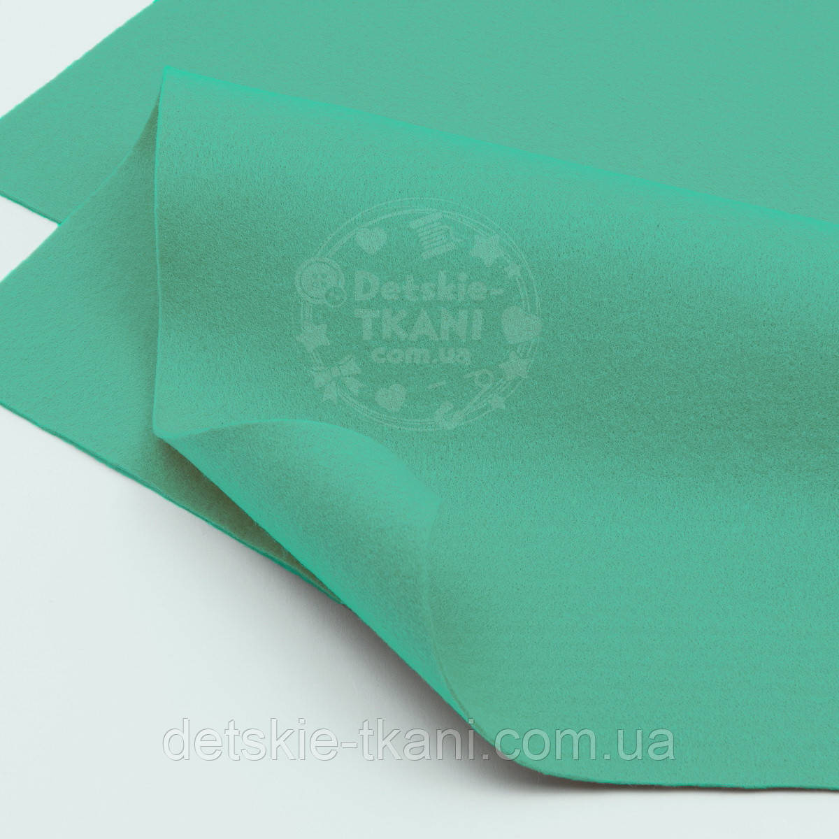 Лоскут фетра мятного цвета 20*21 см (ФМ-26)