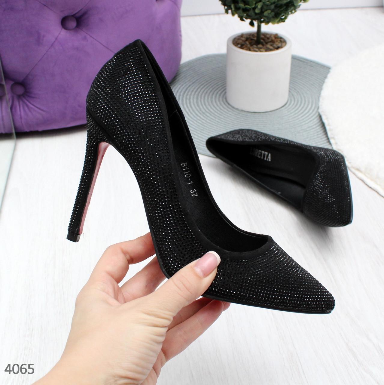 Женские черные туфли лодочки на шпильке со стразами на красной подошве Loret