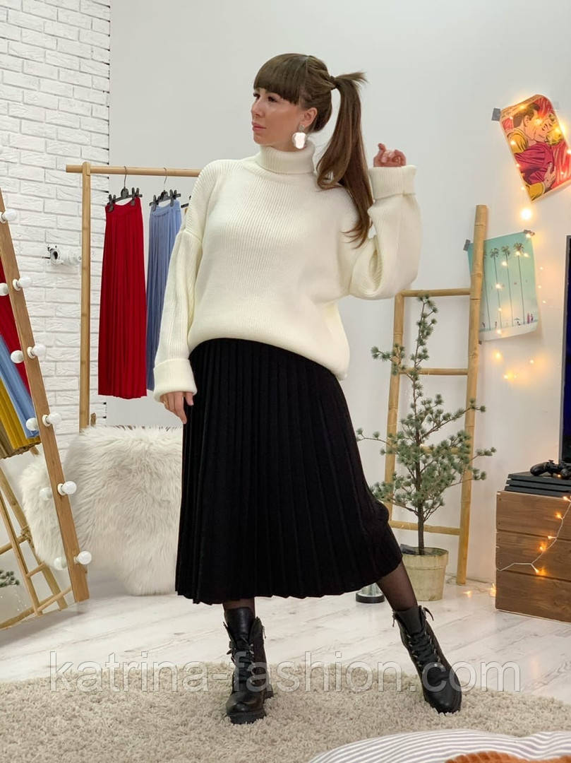 Женский свитер объемной вязки под горло (в расцветках)