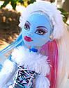 Кукла Monster High Эбби Боминейбл (Abbey Bominable) с мамонтенком базовая Монстр Хай, фото 3