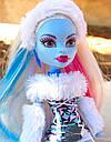 Кукла Monster High Эбби Боминейбл (Abbey Bominable) с мамонтенком базовая Монстр Хай, фото 4