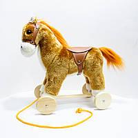 🔝 Деревянная плюшевая лошадка на колесиках, Коричневая   лошадь на колесах детская (высота - 30 см) 🎁%🚚
