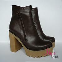 Женские ботинки из натуральнойкоричневой кожи