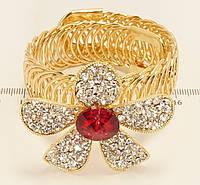 """Браслет """"Цветок с кристаллами на браслете пружинке"""" свободный размер"""