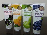 Пилинг-скатка Natural Clean Peeling Gel Ekel
