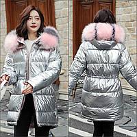 Женская удлиненная куртка с кулиской и искусственным мехом серебряная, фото 1