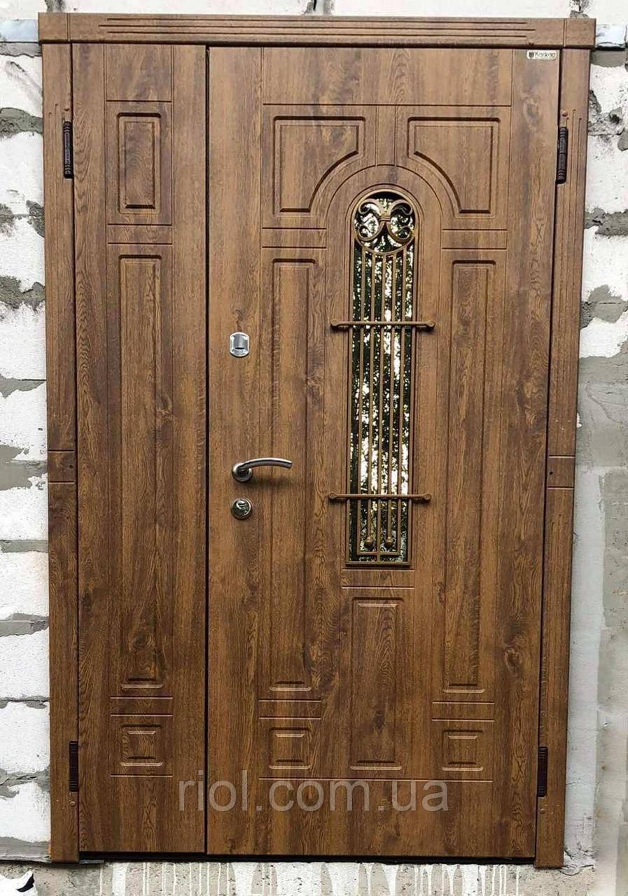 Двери входные полуторные Лучия со стеклом серии Эталон ТМ Каскад