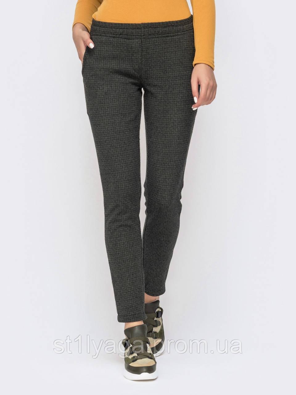 Повседневные брюки  с поясом на резинке и косыми карманами