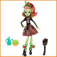 Кукла Monster High Венера МакФлайтрап (Venus Mc Flytrap) из серии Gloom and Bloom Монстр Хай