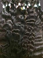Славянские вьющиеся волосы темных оттенков