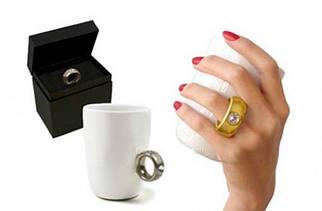 Чашка с бриллиантом