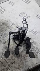 Педальний вузол Skoda Superb 8D1721117P