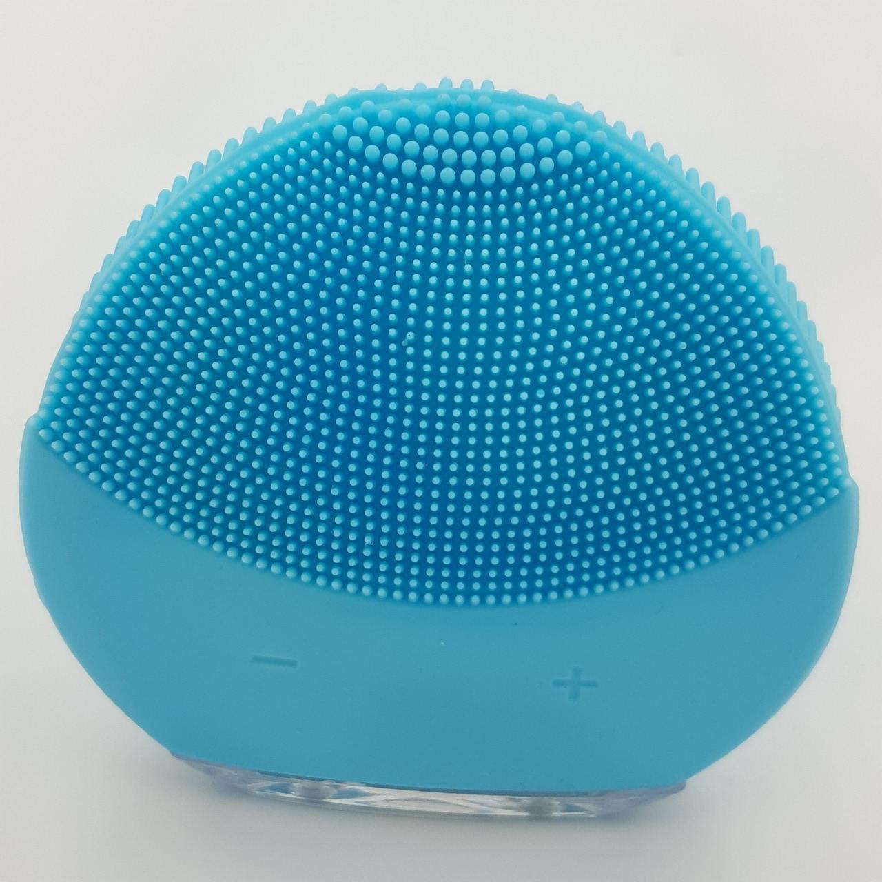 Массажер силиконовая щетка для чистки лица аккумуляторный UKC Форео Luna Mini голубой