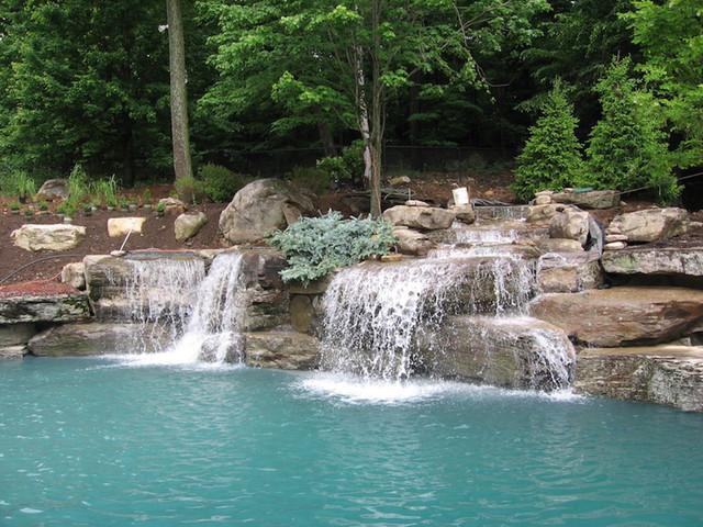 Искусственный Водопад для Бассейна