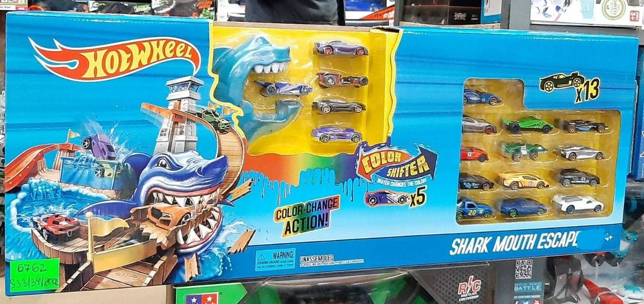 """Трек """"Охота на акулу"""",""""Hot Wheel"""", с 18 машинками"""