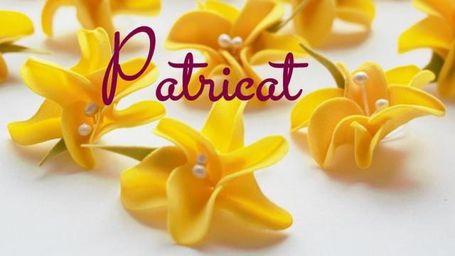 Жасмин желтый с бусинами тычинками из фоамирана