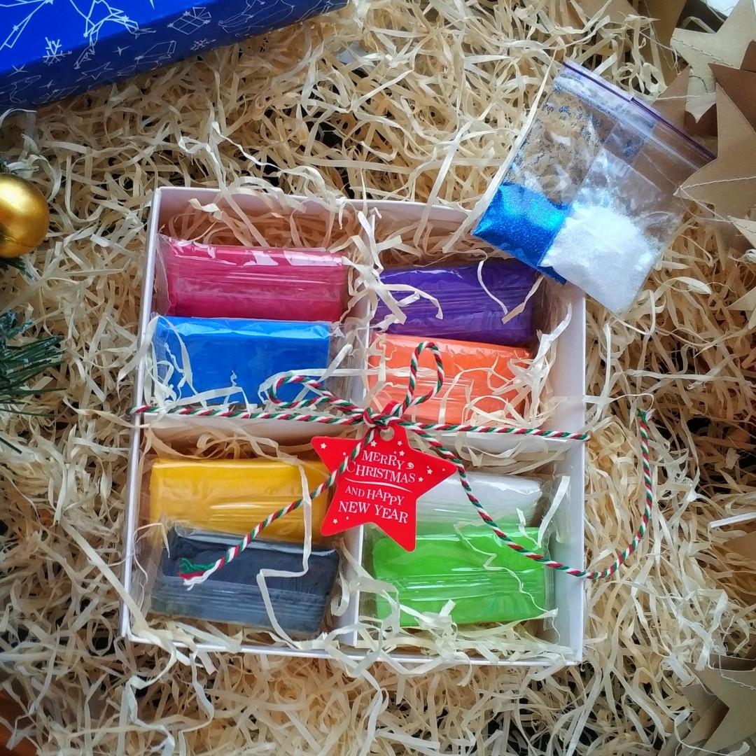 Подарочный набор полимерной глины Цернит (Бельгия) 8шт базовых цветов +глиттер+коробка