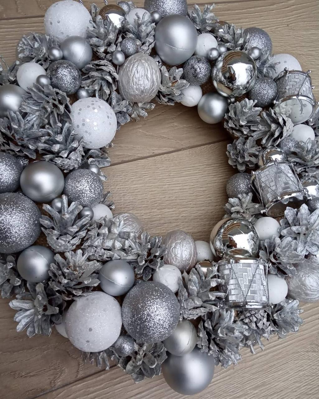 Новорічний різдвяний вінок діаметр 32 см