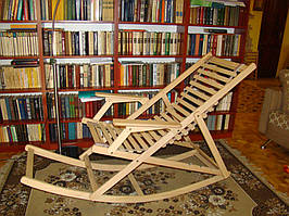 Шезлонг-трансформер превращается в кресло-качалку (массив Бука)