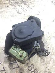 Ремінь безпеки задній Volkswagen Passat b5 00064684