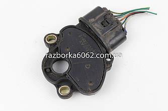 Датчик положения селектора АКПП 2.0 Mazda 6 (GH) 08-12 (Мазда 6 ГХ)  FN0221444